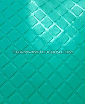 Thảm nhựa nút vuông màu xanh lá 1