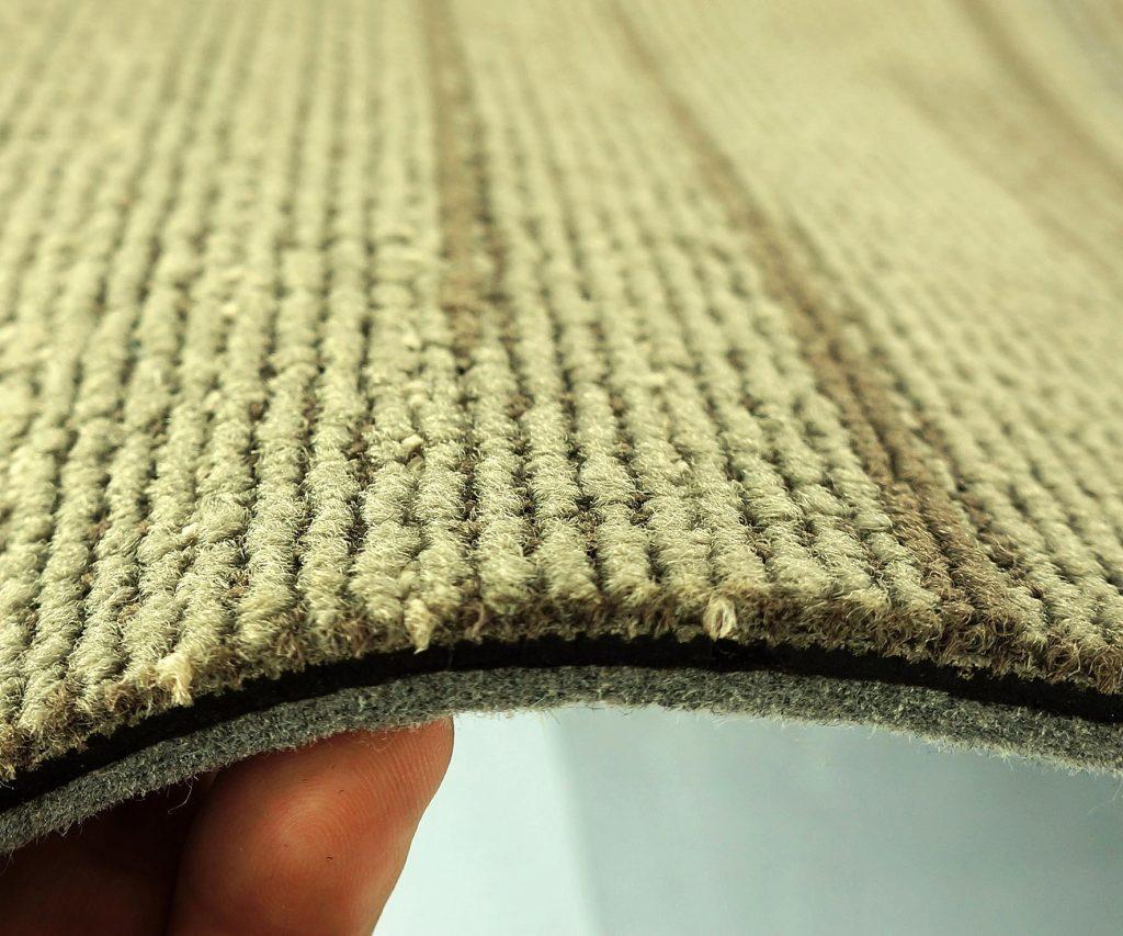 Khi tìm mua thảm trải sàn ở đâu giá rẻ, bạn cần quan tâm đến chất lượng của thảm.